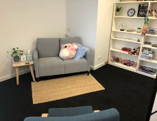 A picture of the lounge therapy room